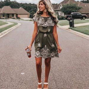 Dresses & Skirts - Olive & white embroidered dress